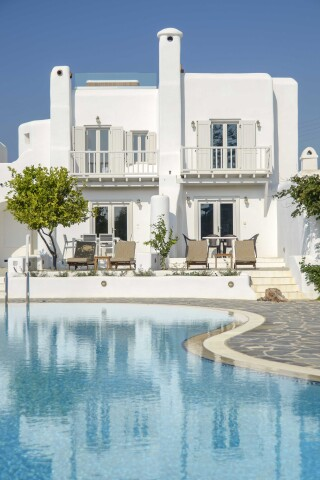 exclusive villa naxian queen