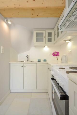 exclusive villa naxian queen kitchen
